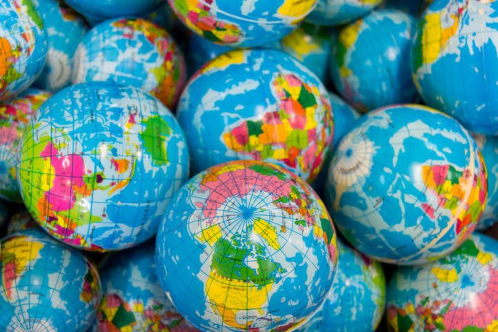 Transcending the Geographic Divide while Building Global Brands: A CMO Solution Guide in Partnership with Oracle